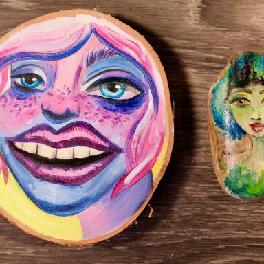 The Art Sherpa painting Sherpa Girl Faces on wooden 5 in round and 2 x 3 w/free gift with purchase