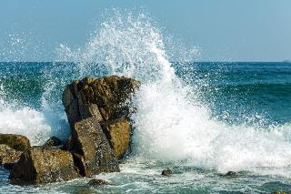 waves and splash .jpg